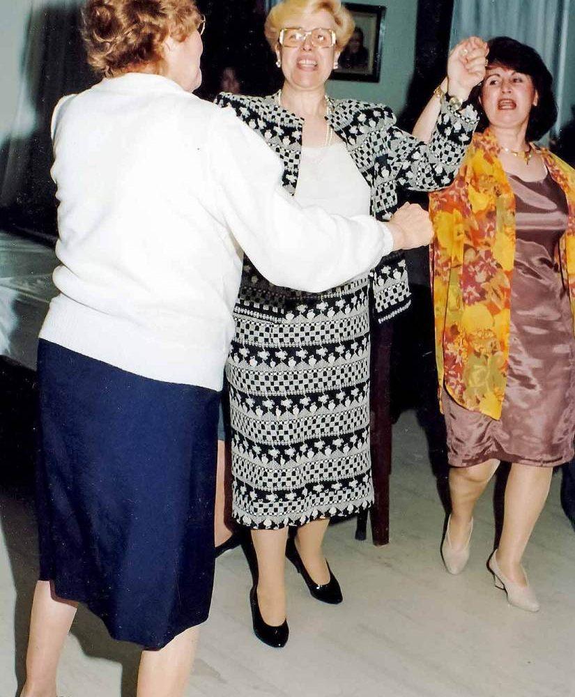 koula-rogdaki-enosi-gynaikon-patras-charity-dance