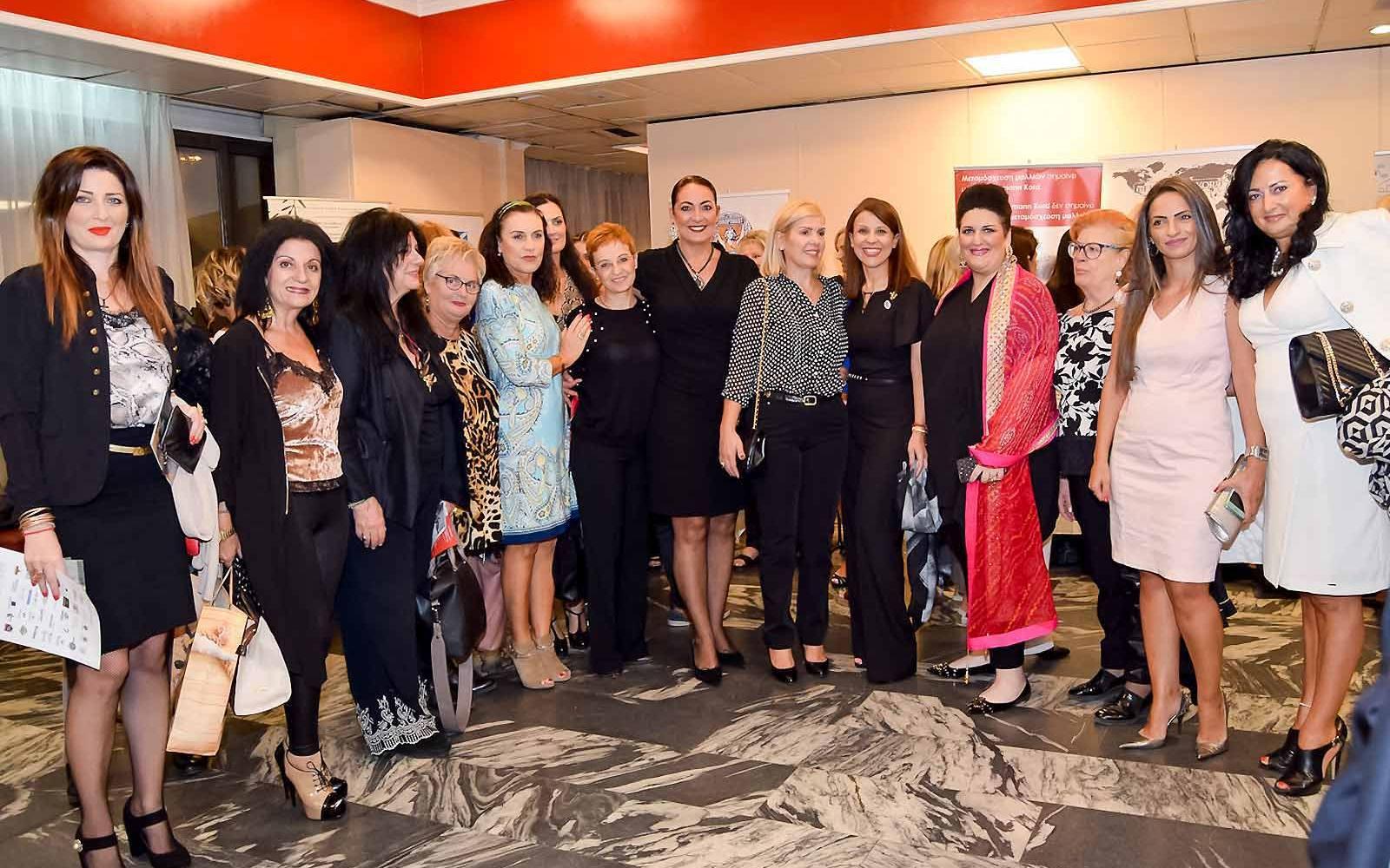 Αναστασία Τογιοπούλου,Έφη Σιαïνη,Έφη Αναλυτή,Σίσσυ Αυγερινού,Άννα Μαρία Ρογδάκη,Πηνελόπη Λαμπούση,Ελένη Παυλή