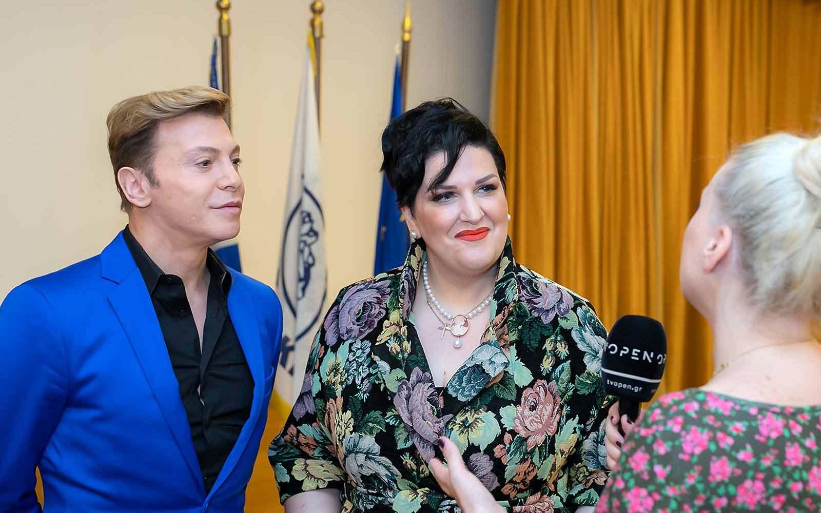 αννα-μαρία-Ρογδακη-με-Τάκη-Ζαχαράτο-συνέντευξη-στο-OPEN-TV