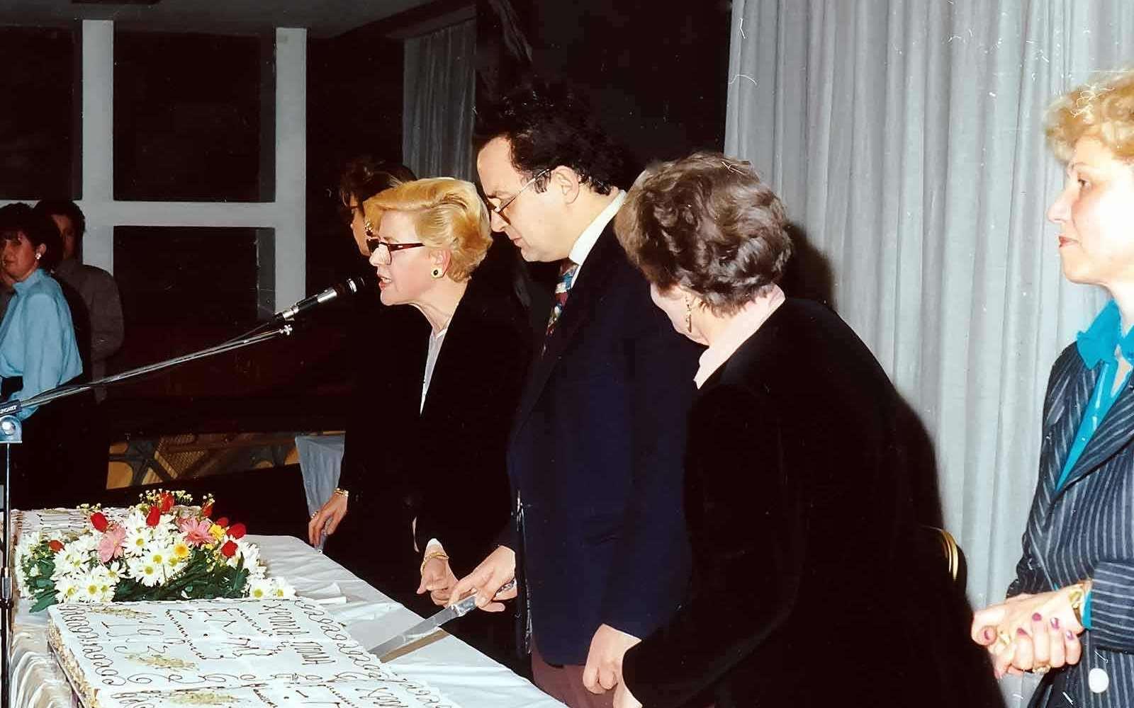 Κουλα-Ρογδακη-antidimarxos-karavolas-pita-maroula-apostolopoulou-1991-enosi-gynaikon-patras