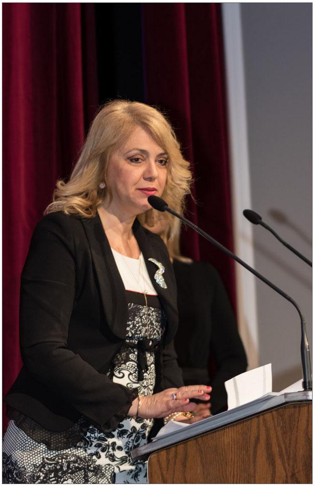 Η σχολική σύμβουλος κα Άγη Ρογδάκη::::The school counselor, mrs. Agi Rogdaki