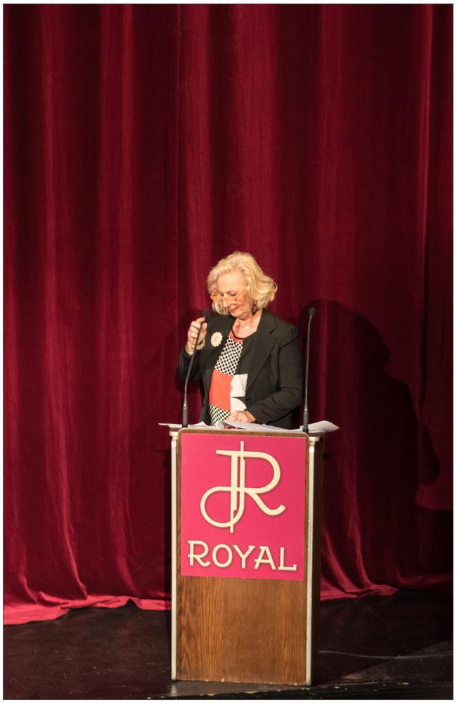 """Μία συγκινητική ομιλία από την Πρόεδρο του Συλλόγου Γυναικών Με Καρκίνο Μαστού """"Άλμα Ζωής"""" Ν. Αχαΐας κα Λιολιώ Κολυπέρα::::A moving speech by the President of the Association of Women With Breast Cancer """"Alma zois"""" Achaia, mrs. Liolio Kolipera"""