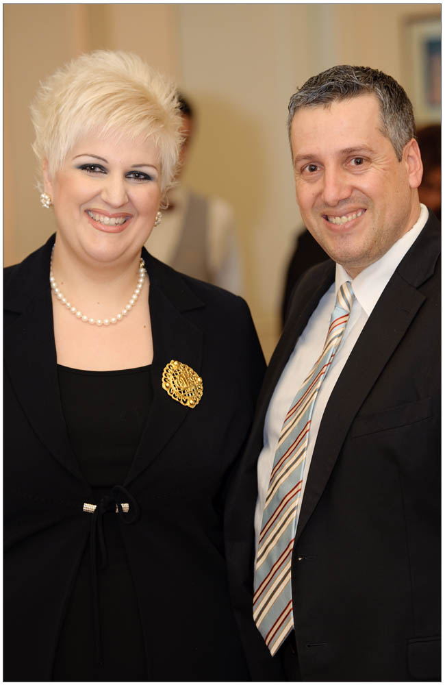Ο επιχειρηματίας κ. Γιώργος Διαμαντόπουλος πάντα δίπλα στην Πρόεδρο και σύζυγο του κα Άννα Μαρία Ρογδάκη::::Businessman mr giorgos Diamantopoulos always by the side of the President and his wife mrs Anna Maria Rogdaki