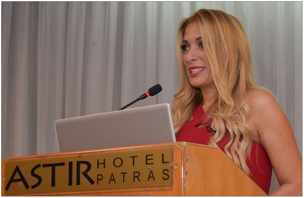 Η κα Δέσποινα Γαβαλά, μία επιτυχημένη επιχειρηματίας σε Αθήνα και Μύκονο::::Mrs Despoina Gavala, a successful businesswoman in Athens and Mykonos