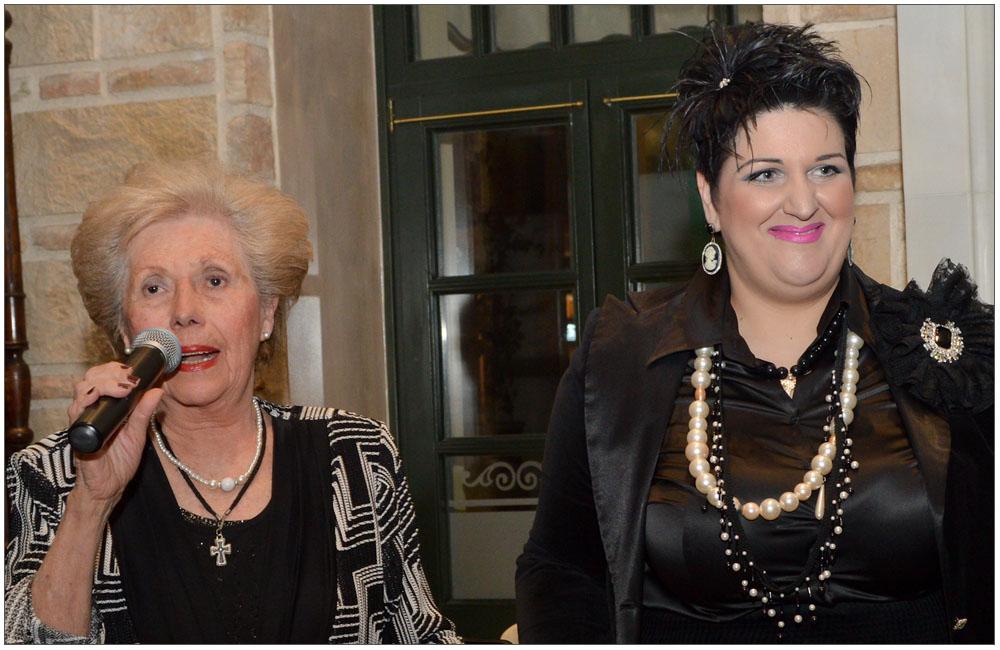 25 χρόνια μαζί με την Κούλα Ρογδάκη συνεχίζει μέχρι σήμερα η Αντιπρόεδρος της Ε.ΓΥ.ΠΑ. κα Κων/να Λάγιου::::25 years along with Koula Rogdaki, continues until today, the Vice-president of the Patras Women Union mrs. Konstantina Lagiou
