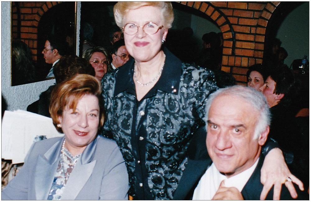 Ελένη Γεωργουδάκη, Κούλα Ρογδάκη, Γιάννης Καφέζας::::Eleni Georgoudaki, Koula Rogdaki , Giannis Kafezas