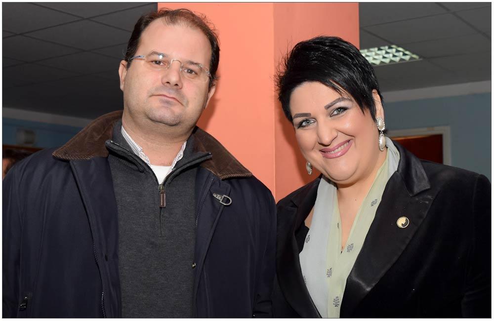 """Η Πρόεδρος της Ε.ΓΥ.ΠΑ με τον Δ/νων Σύμβουλο των Εκπαιδευτηρίων Πάνου κ. Μάρκο Νικολαδό::::Patras Women Union President with CEO advisor of """"PANOY""""private schools mr Marko Nikolado"""