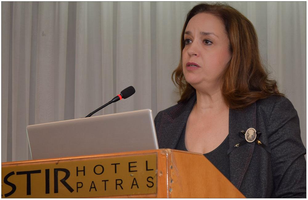 Η κα Τέτη Μαμούρη, τομεάρχης Εταιρικής και Κοινωνικής Ευθύνης του ΔΕΔΔΗΕ ΑΕ::::Mrs Ttei Mamouri, head of the sector of Corporate and Social Responsibility of DEDDHE AE